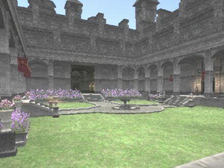 ドラギーユ城中庭